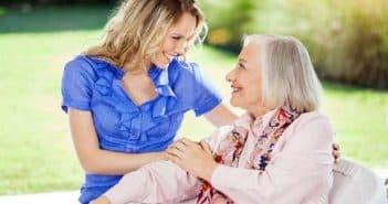 Fiche métier auxiliaire de vie : rôle et compétences